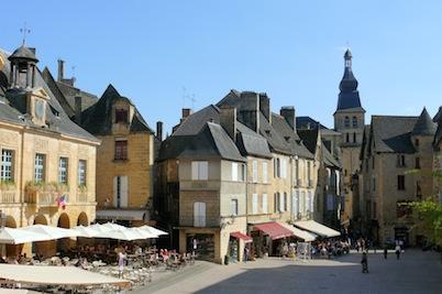 Sarlat_-_Hôtel_de_ville_place_de_la_Liberté_-542
